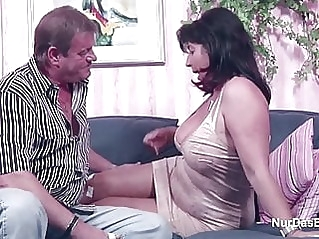 amateur milf granny at vPorn
