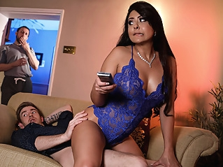 big ass big tits brunette at vPorn