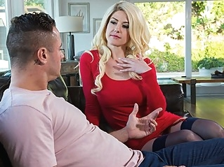big tits blonde milf at vPorn