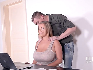 bbw big ass big tits at vPorn