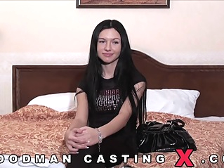 brunette casting hd at vPorn