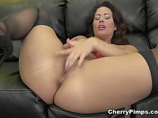 babe big ass big tits at vPorn