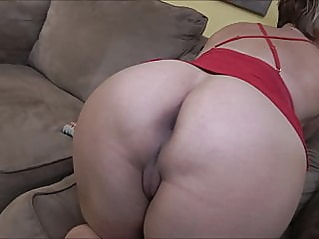 blonde cumshot milf at vPorn