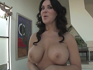 big tits hd milf at vPorn