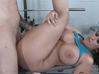 blowjob hardcore pornstar at vPorn