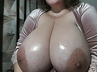webcam amateur mature at vPorn