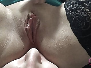 amateur close-up milf at vPorn