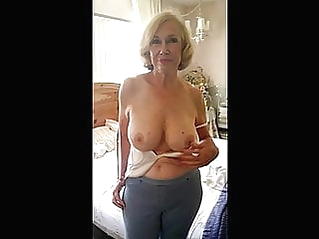 amateur mature tits at vPorn