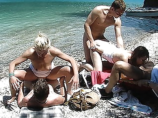 amateur anal public nudity at vPorn