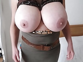 amateur mature big boobs at vPorn